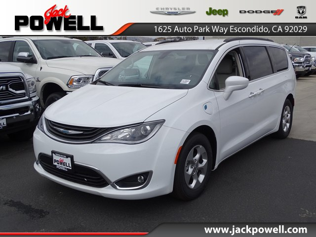 New 2017 Chrysler Pacifica Hybrid Premium